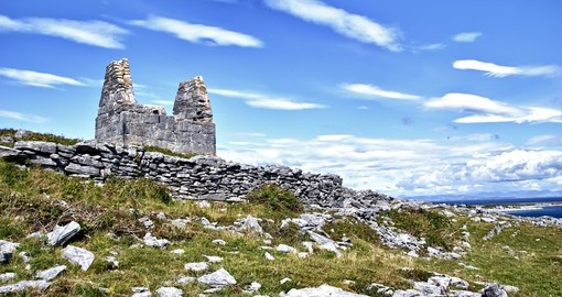 Teampall Bheanain (Church of Saint Benan) on Inis Mor Island is an ideal inclusion for your Ireland vacation