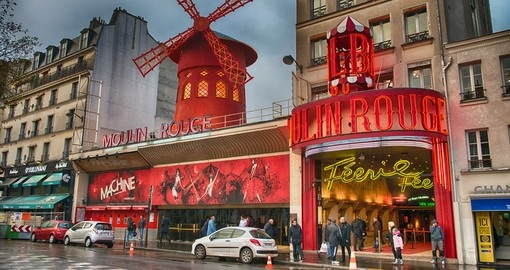 Experience beautiful sunset at the Moulin Rouge during your next Paris vacations.