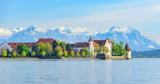 Historic buildings, lively squares and picturesque alleys, the old town of Lindau provides an almost Mediterranean flair