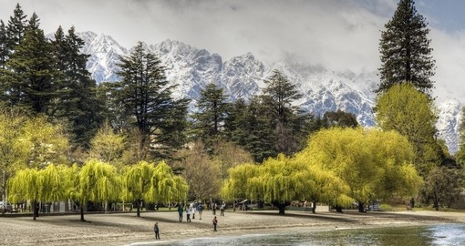 Enjoy Queenstown lakefront during your next New Zealand tours.