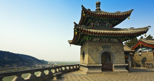 Take in a traditional Chinese temple on your China Tour