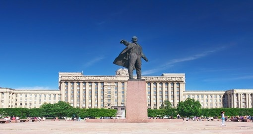 You will see the Square and statue of Lenin in Saint Petersburg during your Russia vacation
