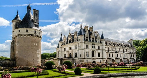 Medieval Chateau de Chenonceau (1514 - 1522), River Cher, Loire Valley in France