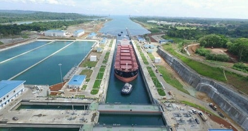 Learn about the Agua Clara Locks on your Panama Vacation