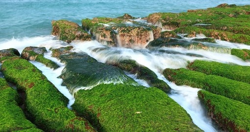 Taiwan Beaches North To South besides Kenting National Park furthermore Les Oiseaux 6353 likewise Kenting National Park furthermore Kenting National Park Taiwans Tropical Paradise. on taiwan kenting national park
