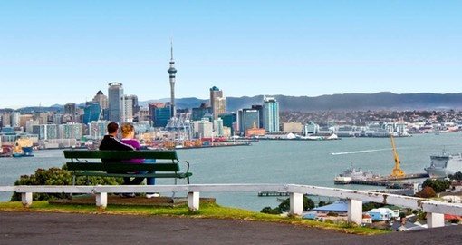 Combine a tour of cosmopolitan Auckland and the North Island's wilderness on your New Zealand Vacation