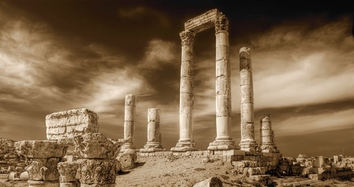 Temple of Hercules is a great photo opportunity while on your Jordan vacation.