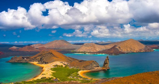 The Pinnacle Rock, formed by an eroded toba cone, is the most emblematic formation of the Galapagos