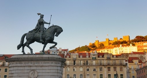 Statue of King Joao I in Figueira Square