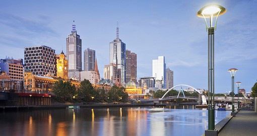 Begin tour Australia tour in Melbourne, the country's cultural capital