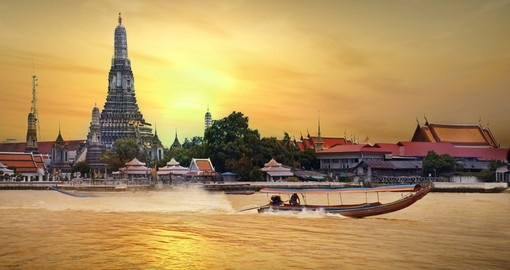 Wat Arun in sunset, Bangkok