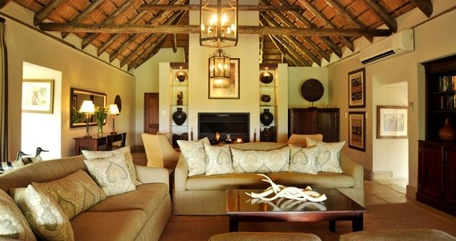 Explore all the amenities of the game lodge during your next South Africa safari.