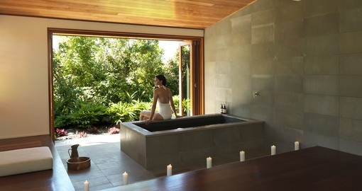 Enjoy all the amazing amenities of Qualia  during your next Australia vacation.