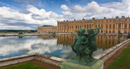 Discover The Palace of Versailles the worlds popular museum during your next France vacations.