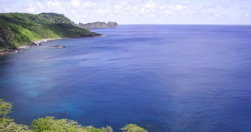 Dolphin Bay in Fernando de Noronha – always a great time to relax while on your Brazil vacation
