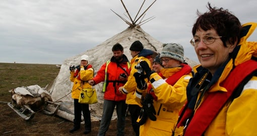 Experience the indigenous culture and lifestyles of the Inuit on Arctic Circle Travel