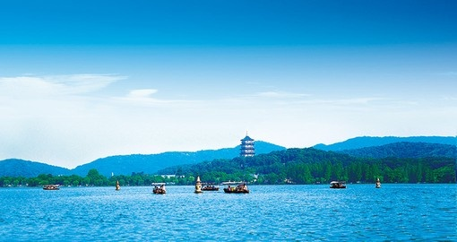 A panoramic view of West Lake and on most China tours it is an ideal place to take photos.