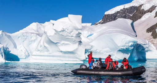 Enjoy excursions on Ocean Endeavour's fleet of Zodiac rafts