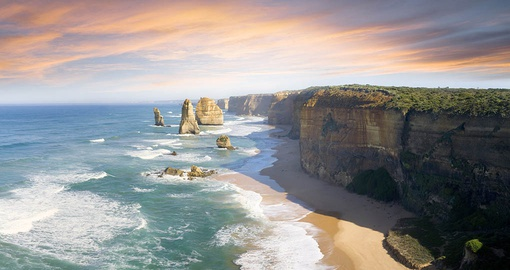 Explore the Great Ocean Road on your Australia Tour