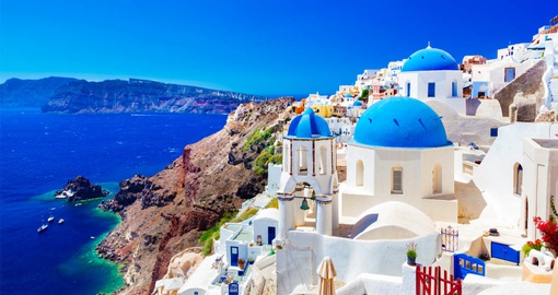 Discover gorgeous and colorful Oia during your next trip to Greece.
