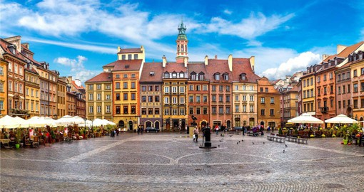 Visit the Old Town Square in Warsaw on your Poland tour