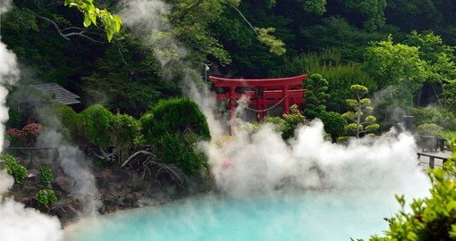 Visit Umi jigoku (Sea hell) on your Japan tour package