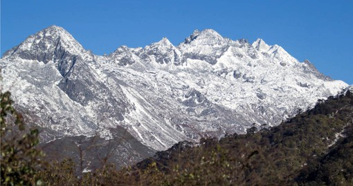 Kanchenjunga, the world's 3rd tallest peak is part of your trip to India
