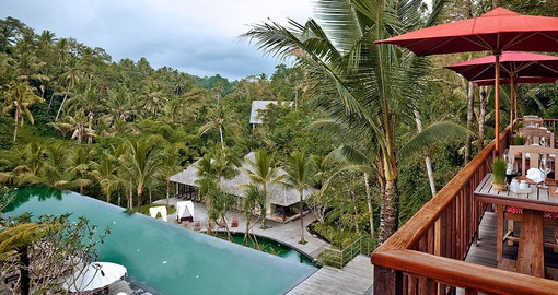 Stay at luxurious Komaneka at Bisma on your Bali vacation