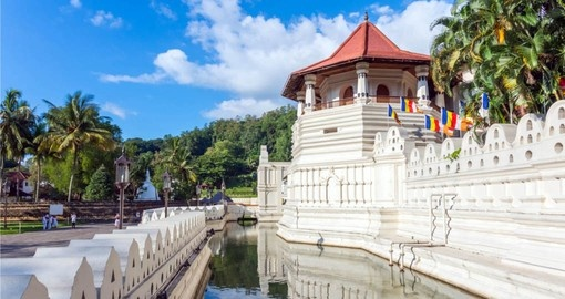 Visit the Temple of the Tooth in Kandy on your Sri Lanka Vacation