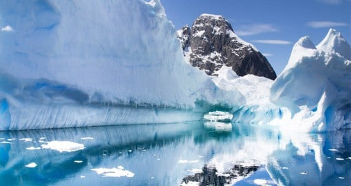 The most accessible part of the continent, the Antarctic Peninsula extends toward Tierra del Fuego