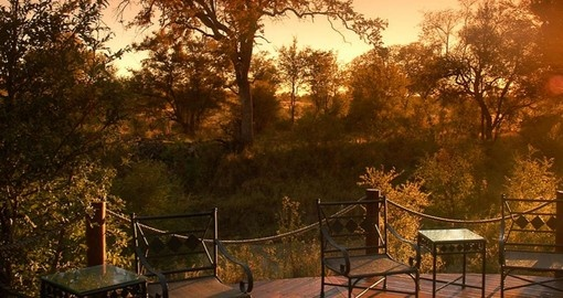 See the beautiful scenery that surrounds the Hoyo Hoyo Safari Lodge during your South Africa trip/