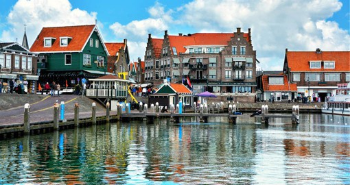 Famous for its slendid harbour, Volendam sits on the edge of IJsselmeer, the largest lake in Holland