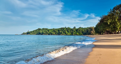 Stroll or relax on Khao Lak beach on your Thailand vacation