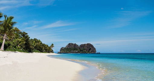 Stroll along the beaches of Vomo on your Fiji vacation