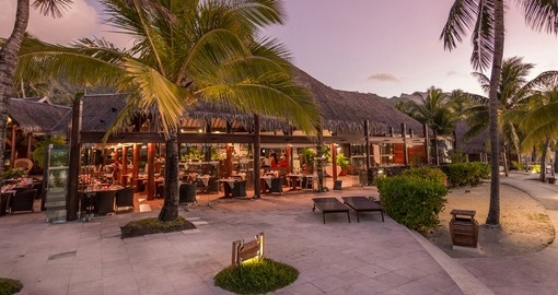 Enjoy amazing local food at Mopr Restaurant during your next Moorea vacations.