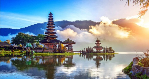 Experience Pura Ulun Danu Bratan Temple on your Bali Vacation