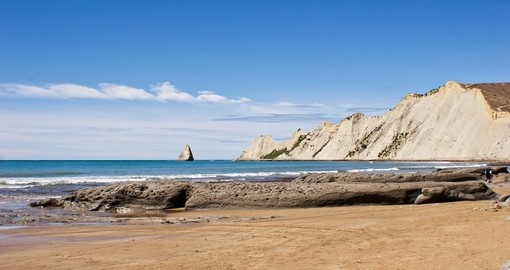 Explore Cape Kidnappers in Hawkes Bay on your next New Zealand tours.