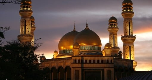 Jameasr Hassanil Bolkiah mosque is a must inclusion when booking Brunei vacations.