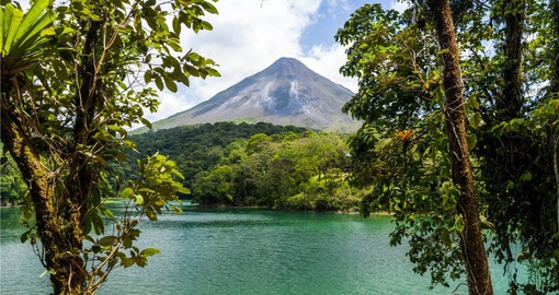 The spectacular Arenal Volcano will be a highlight on your Costa Rica vacations