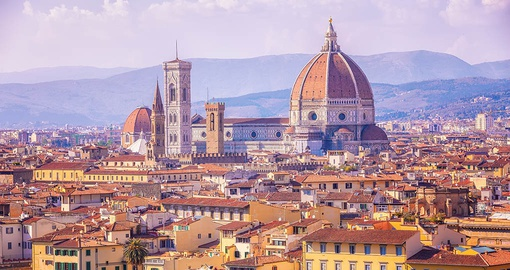 Enjoy the stunning architecture of Florence on your Italy Tour