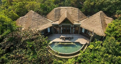 The Jungle Villas are nestled in native scrub along the shoreline