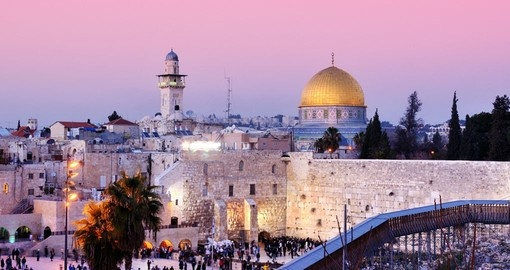 Visits to the Dome of the Rock and Western Wall is included on all Jerusalem tours.