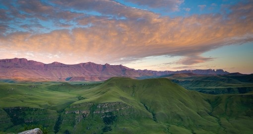 Explore The Drakensberg Mountains and enjoy the natures beauty during your next South Africa vacations.