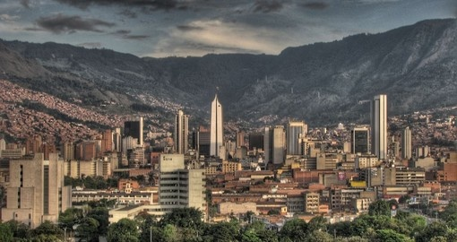 Enjoy the busy nightlife of Medellin on your Colombia Tour