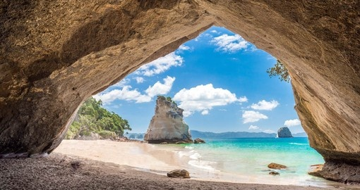 Spectacular Cathedral Cove on the Coromandel Peninsula is a highlight of your New Zealand Vacation
