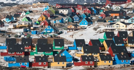 Enjoy beautiful scenery of colourful houses in Ilulissat.
