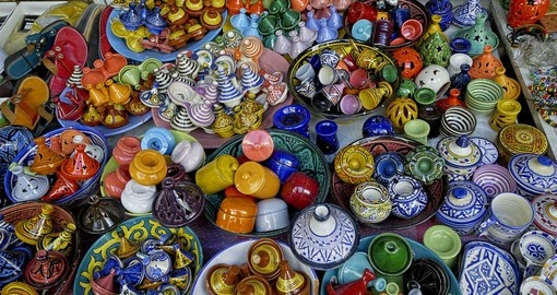 Products for tourists in Souk