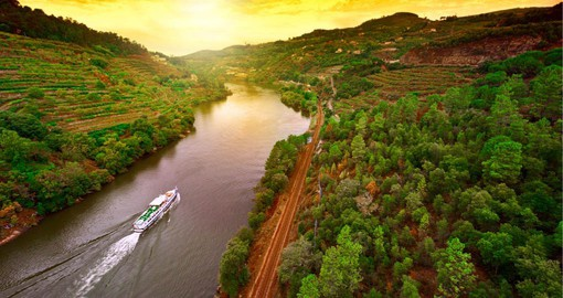 The third-longest river on the Iberian Peninsula, the Douro's micro climate is favorable to the cultivation of grapes