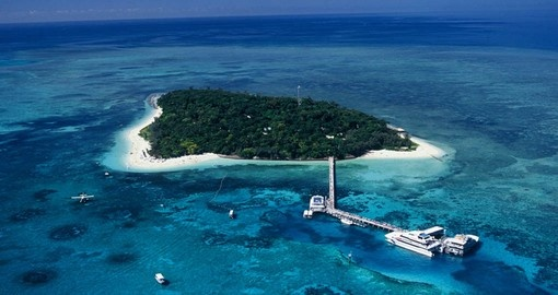 The perfect addition to your Australia Vacation is the Green Island on Australia's Great Barrier Reef