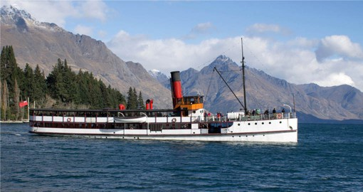 The vintage TSS Earnslaw on Lake Wakatipu near Queenstown